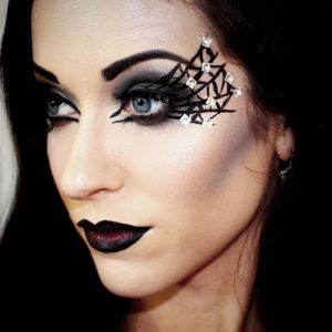 6 easy and inexpensive halloween makeup ideas